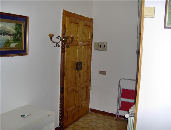 Vendesi appartamento in piccola palazzo in Centro Storico