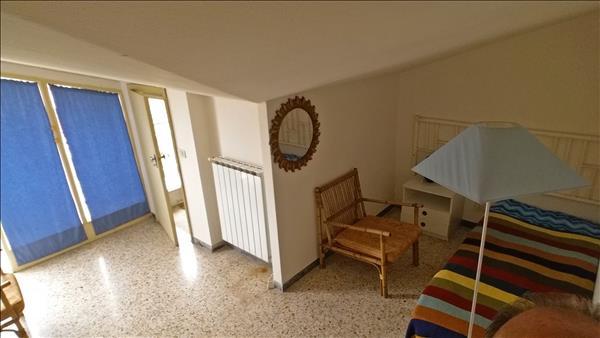 05-cameretta-con-balcone