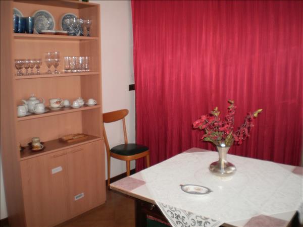 Appartamento di 75 mq in piccola palazzina-Rich.105.000 euro tratt.