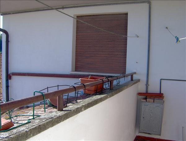 Vendesi appartamento panoramico 80 mq ultimo piano con ascensore.Garage.